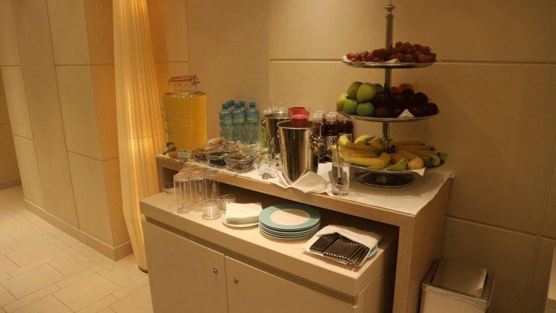 Sowohl am Eingang des OCEAN SPAs als auch im Eingangsbereich des Fitnessstudios findet ihr ein tolles Angebot an gesunden Getränken und Speisen