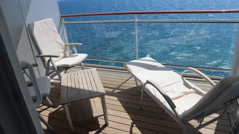 Die Veranda ist 7qm groß und bietet ausreichend Platz zum Frühstücken und Sonnenbaden
