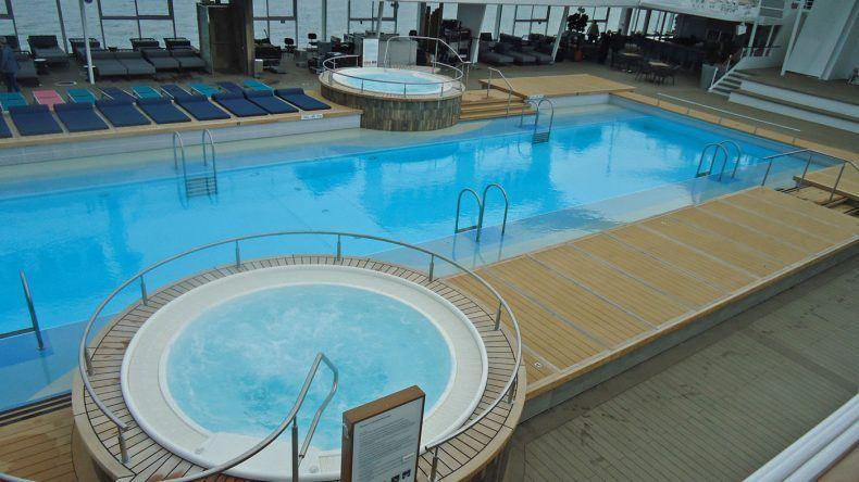 Pool auf der Mein Schiff 6