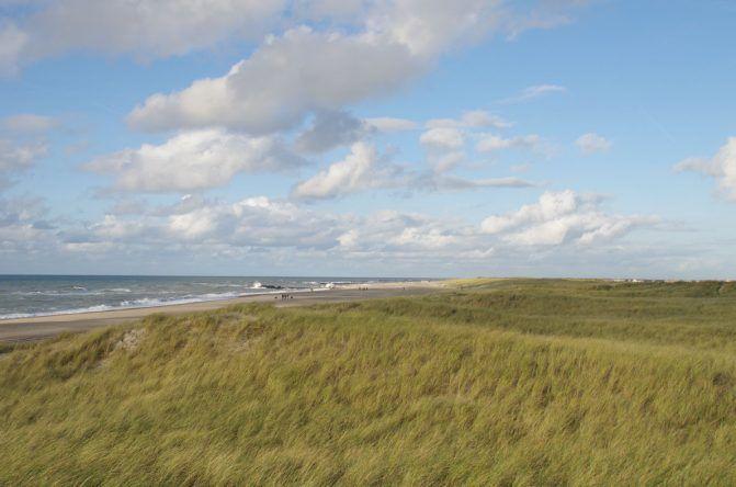 Meer mit Dünen