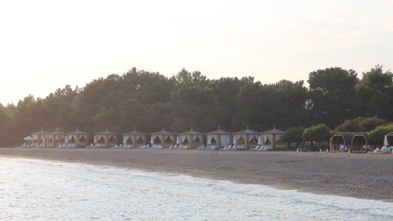Strand des TUI SENSATORI Resort Fethiye