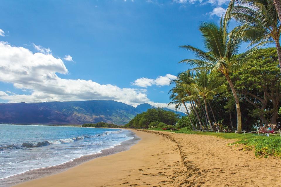 Inselhopping auf Hawaii – zwischen Traumständen, Canyons und Vulkanen