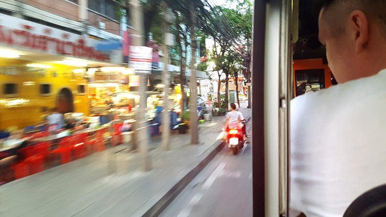 Busfahrt in Bangkok