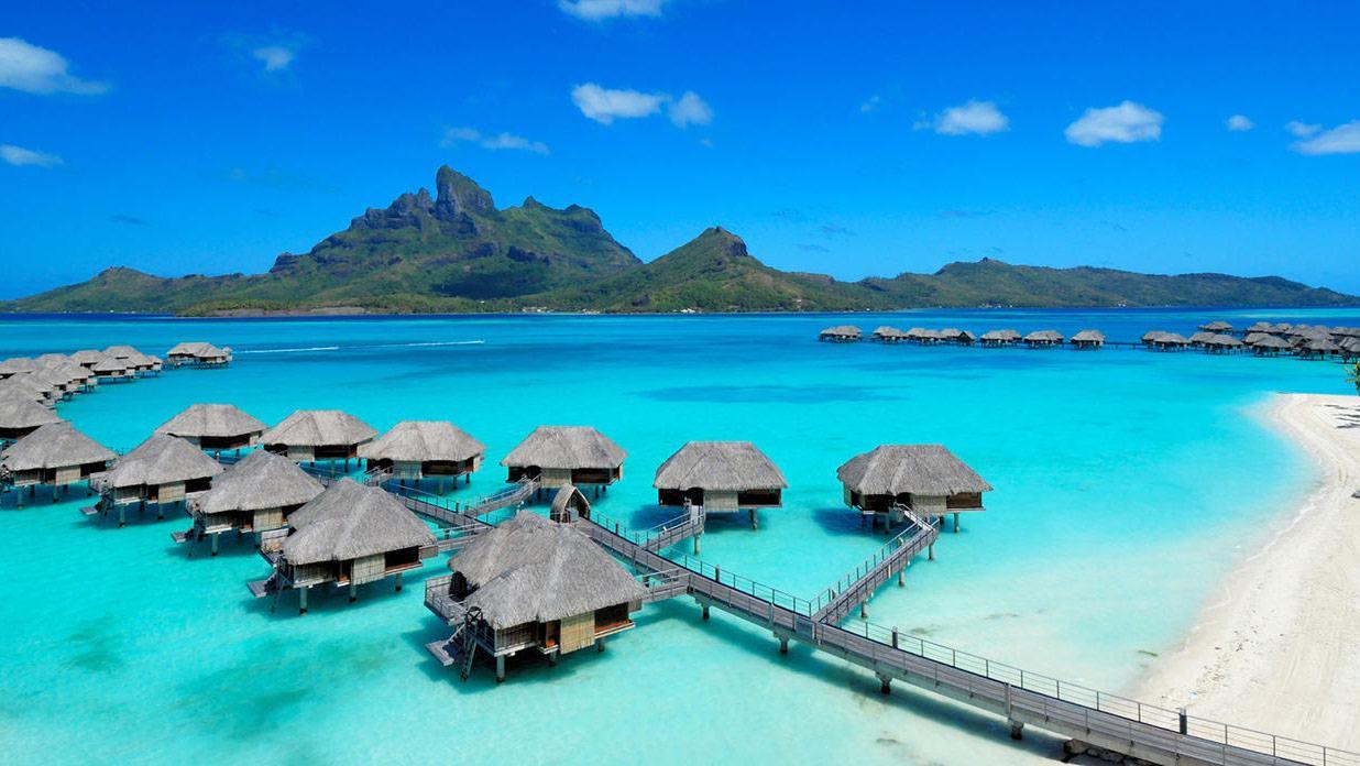 Die schönsten Wasserbungalows weltweit: Unsere TOP 7 Hotels auf dem Wasser