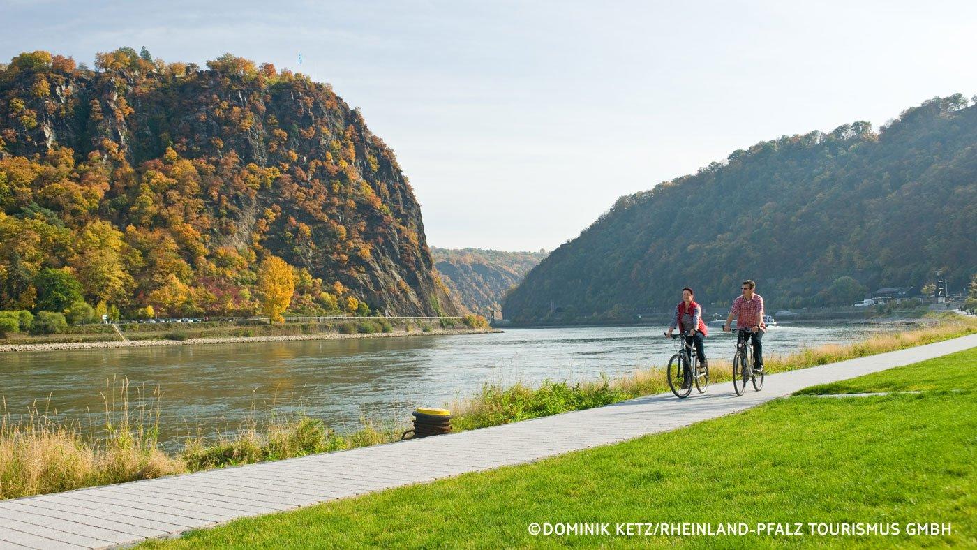 Rheinradweg Loreley