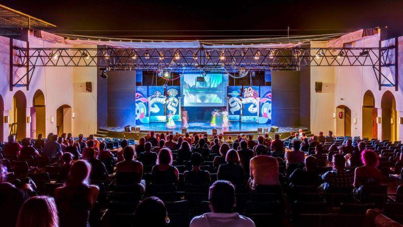 Max Giesinger und die Disco Boys haben 2017 im TUI MAGIC LIFE Kalawy die Bühne bei Stars on Stage gerockt!