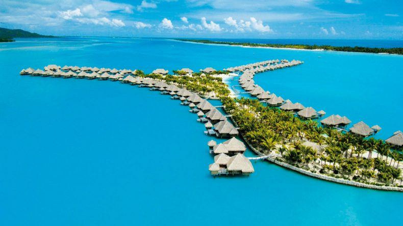 Das St. Regis Bora Bora Resort