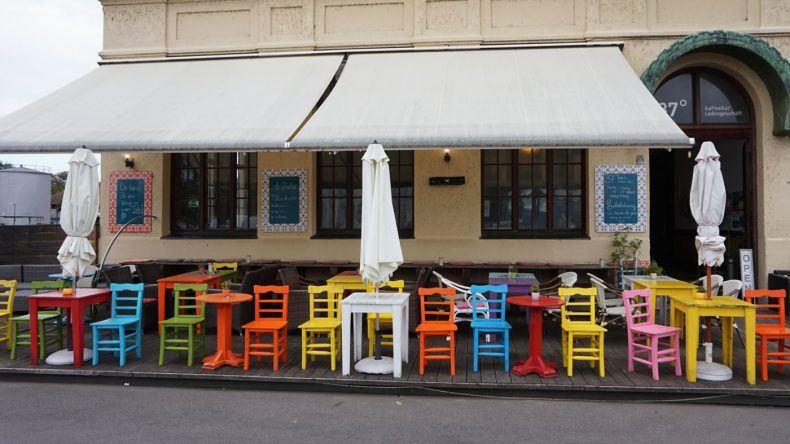 Bar im Hafen von Lindau
