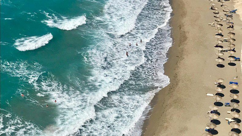 Spektakulären Ausblick auf Kommos Beach von der Taverne Mystical View.