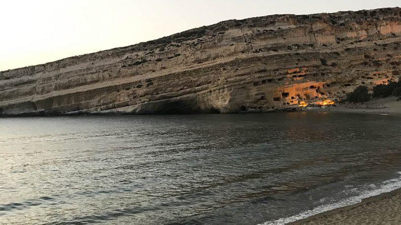 Die bHippie-Höhlen von Matala.