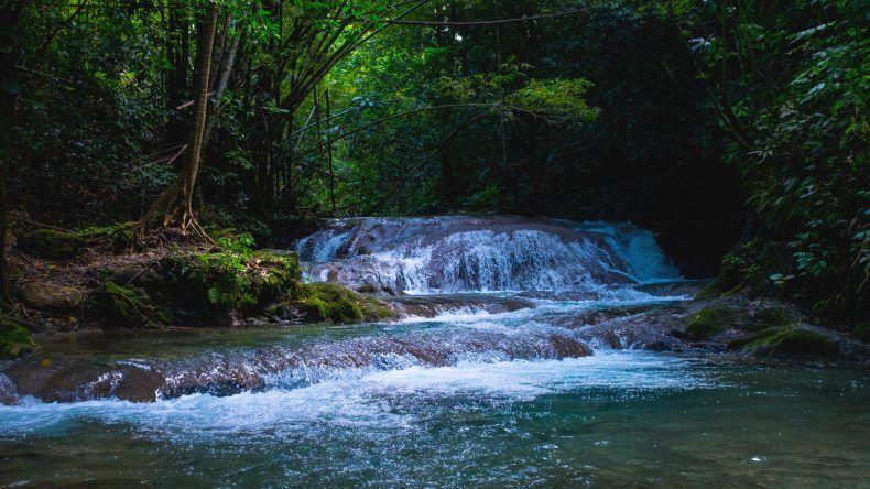 Mayfield Falls gehört mit zu den schönsten Wasserfällen in Jamaika