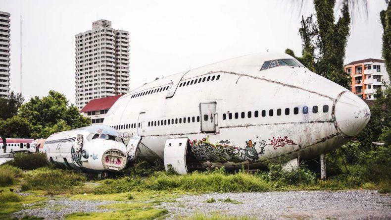 Gänsehaut garantiert: der Flugzeugfriedhof in Bangkok.