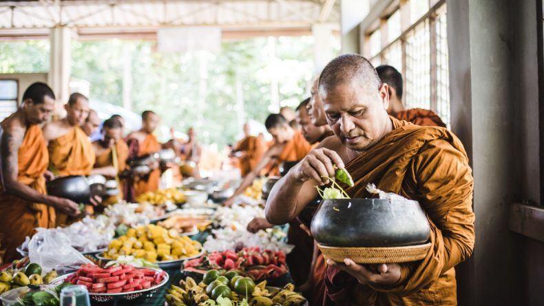 Mönche bei einer 10-tägigen Feier in der Provinz Nakhon-Si-Thammarat.