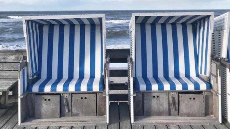Gehören an Nord- und Ostsee einfach dazu: Strandkörbe.