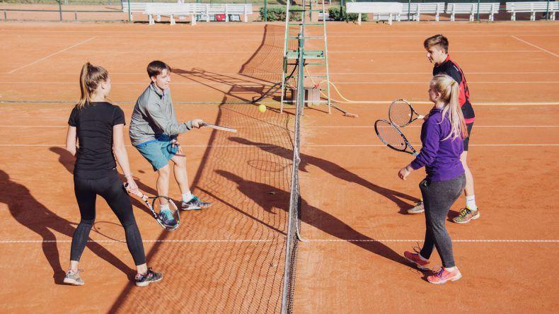 Tennis lernen mit der Tennisschule Akademie Mitteldeutschland