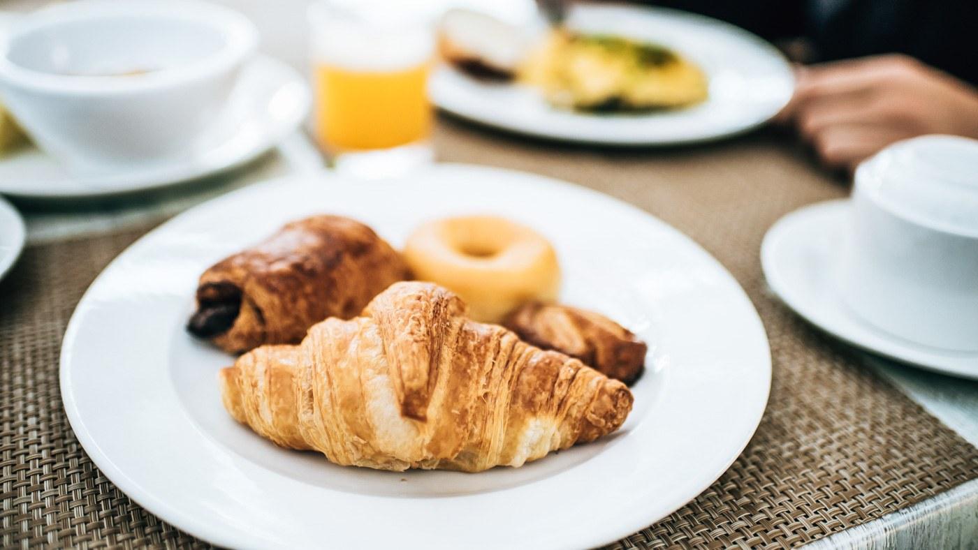 Das Frühstücksbuffet lässt keine Wünsche offen.