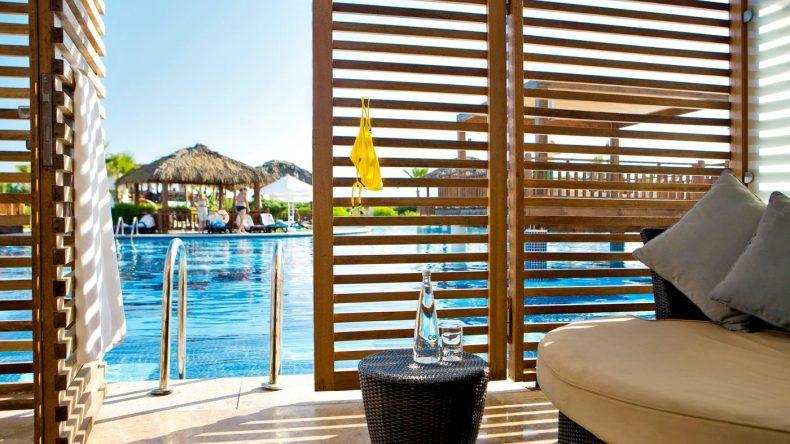 Vom Zimmer direkt in den Pool. Swim-Up Zimmer im TUI SENSIMAR Belek Resort und Spa