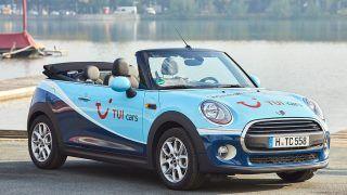 Gewinnspiel: Ein TUI CARS MINI Cabrio kommt ganz groß raus
