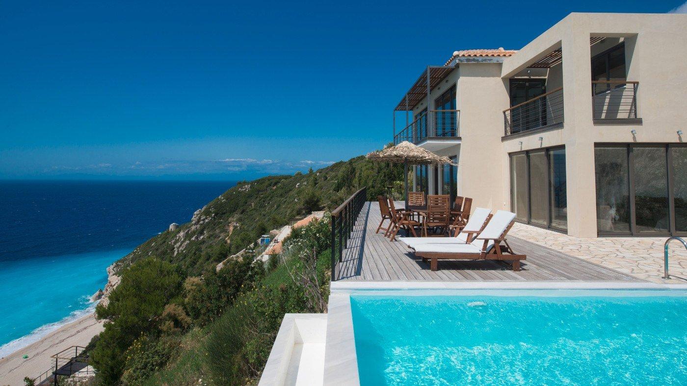 Ferienhaus mit Pool in Griechenland