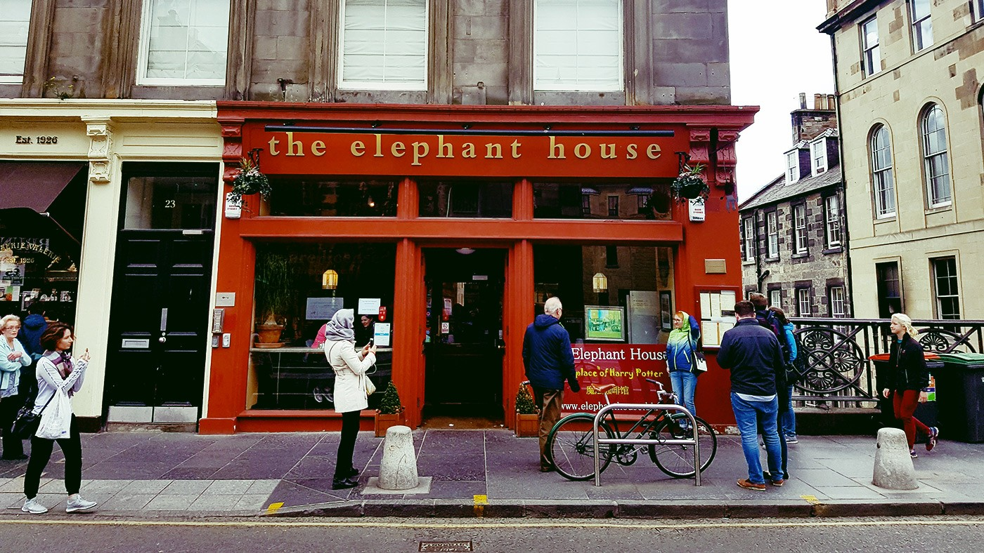 the elephant house cafè