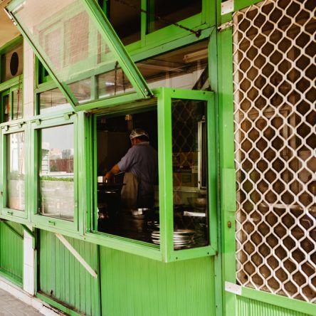 Blick in die Küche des RAVI Restaurant