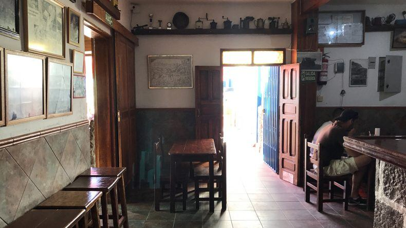 Urig und typisch - eine Bar im Hinterland von Gran Canaria.