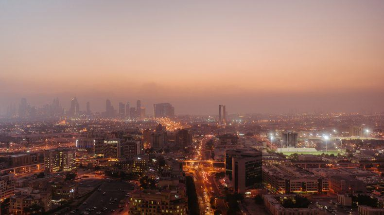 Von der Skybar könnt ihr in jeden Winkel Dubais sehen