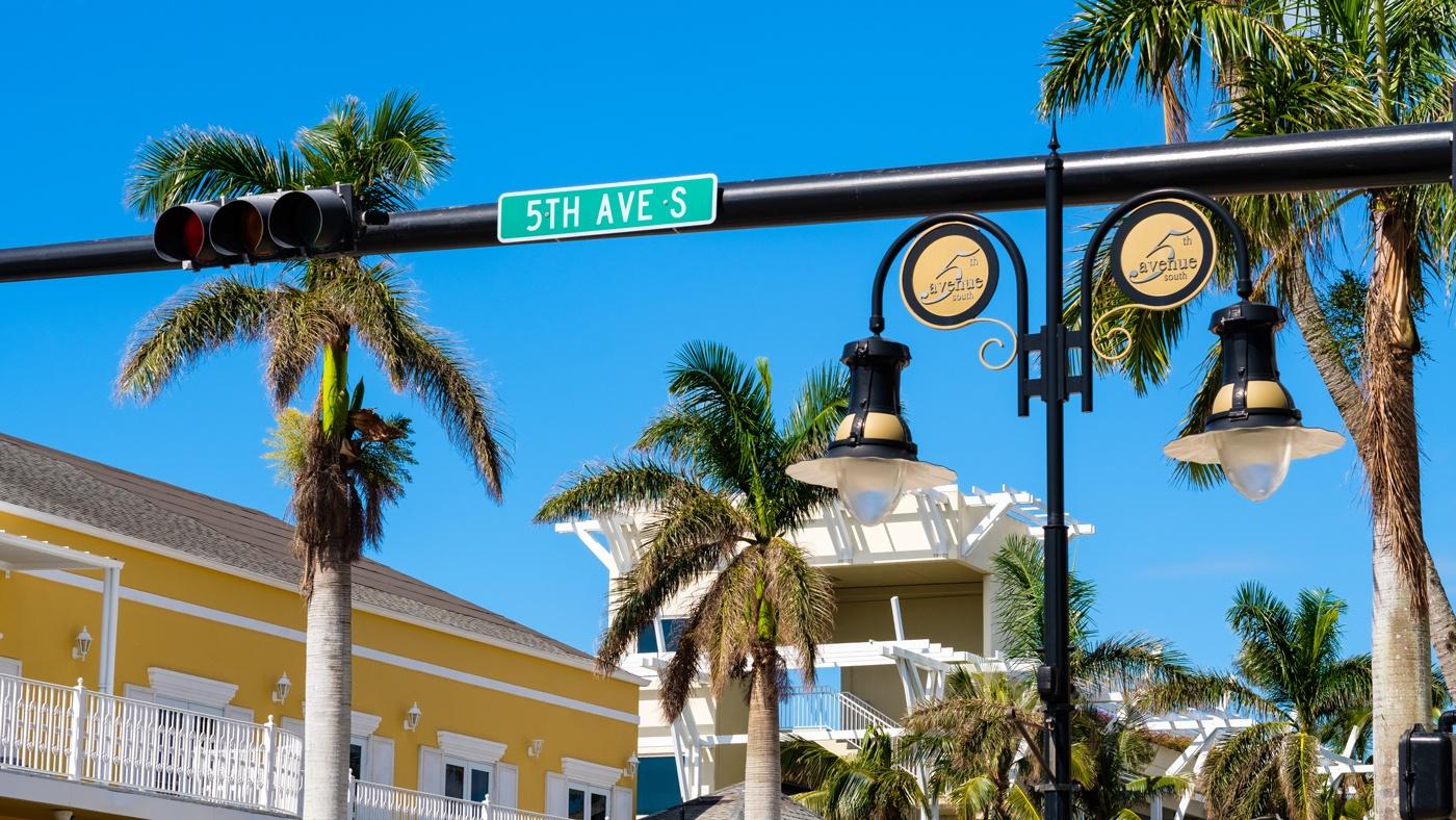 Shopping auf der 5th Avenue in Naples Florida