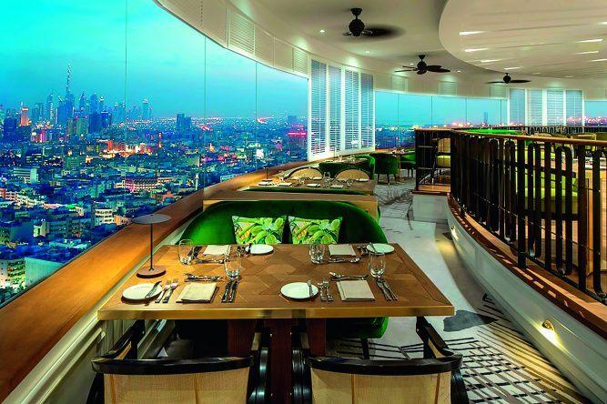 Auch vom Restaurant aus könnt ihr den besten Ausblick auf Dubai genießen