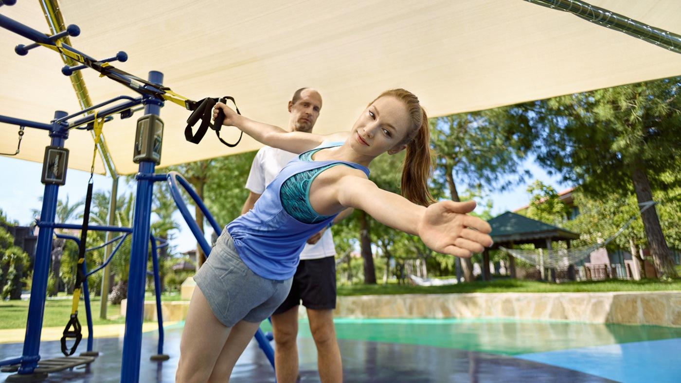 TRX Workout mit dem SYNRGY Bluesky Trainingssystem