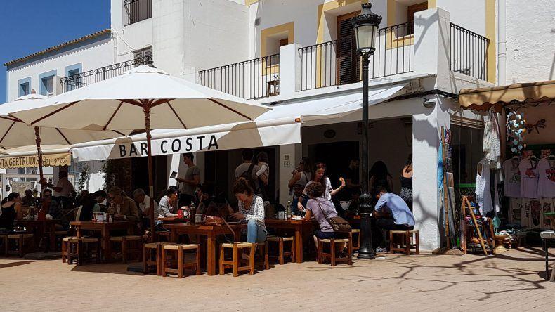 Nicht verpassen: Lecker Tapas in der Bar Costa.