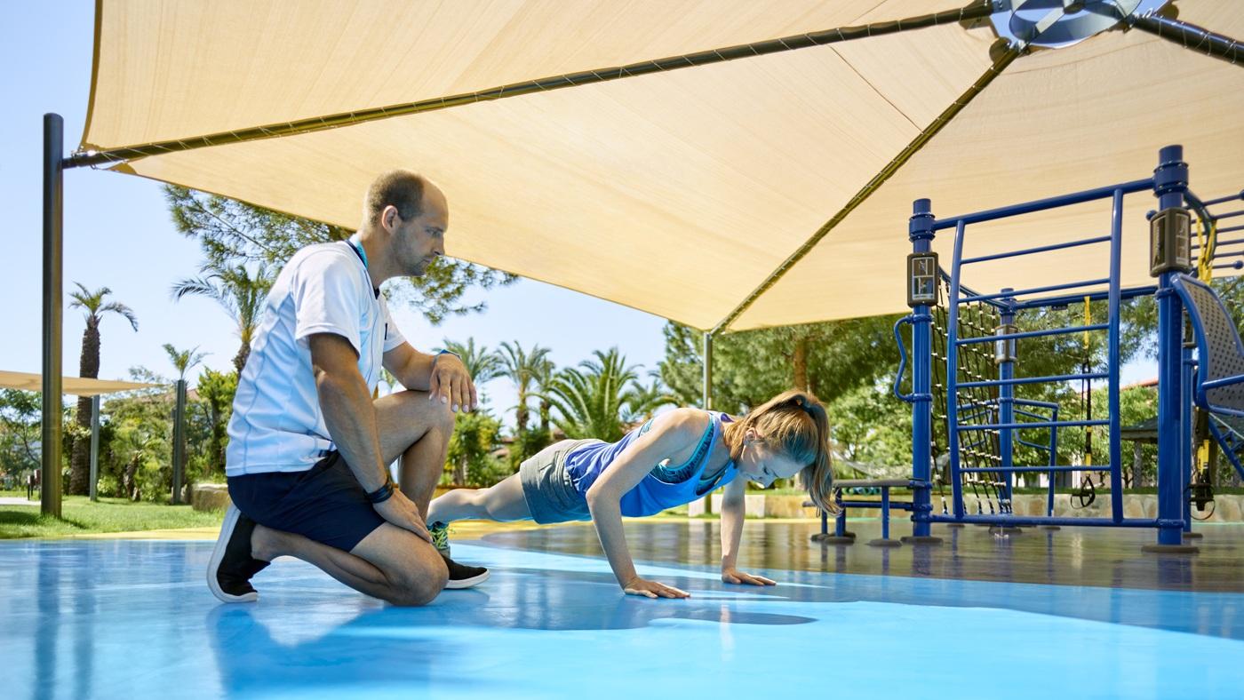 Im Fokus von BLUEf!t steht das Training mit dem eigenen Körpergewicht
