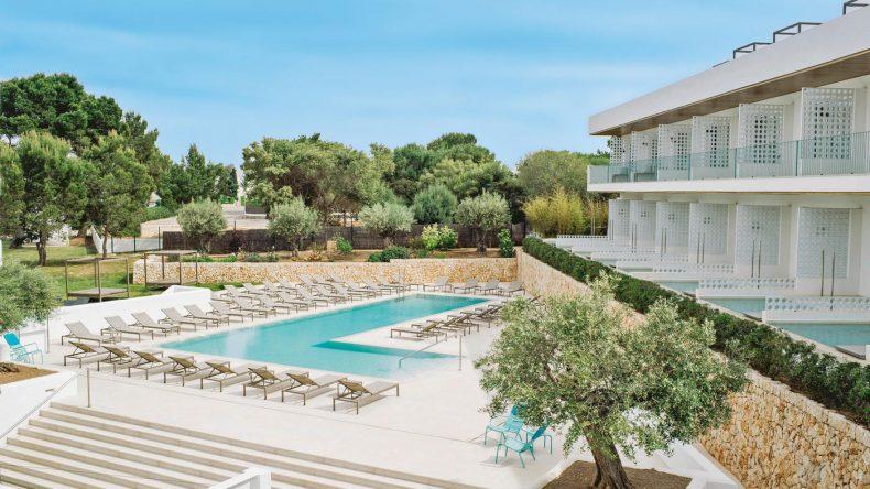 Einige Zimmer bieten einen eigenen Pool!