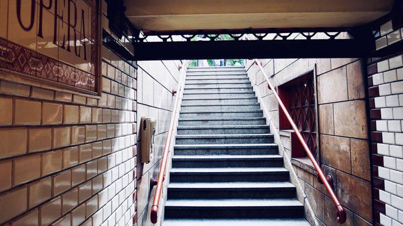 """Die """"M 1"""" - die alte Budapester Metro."""
