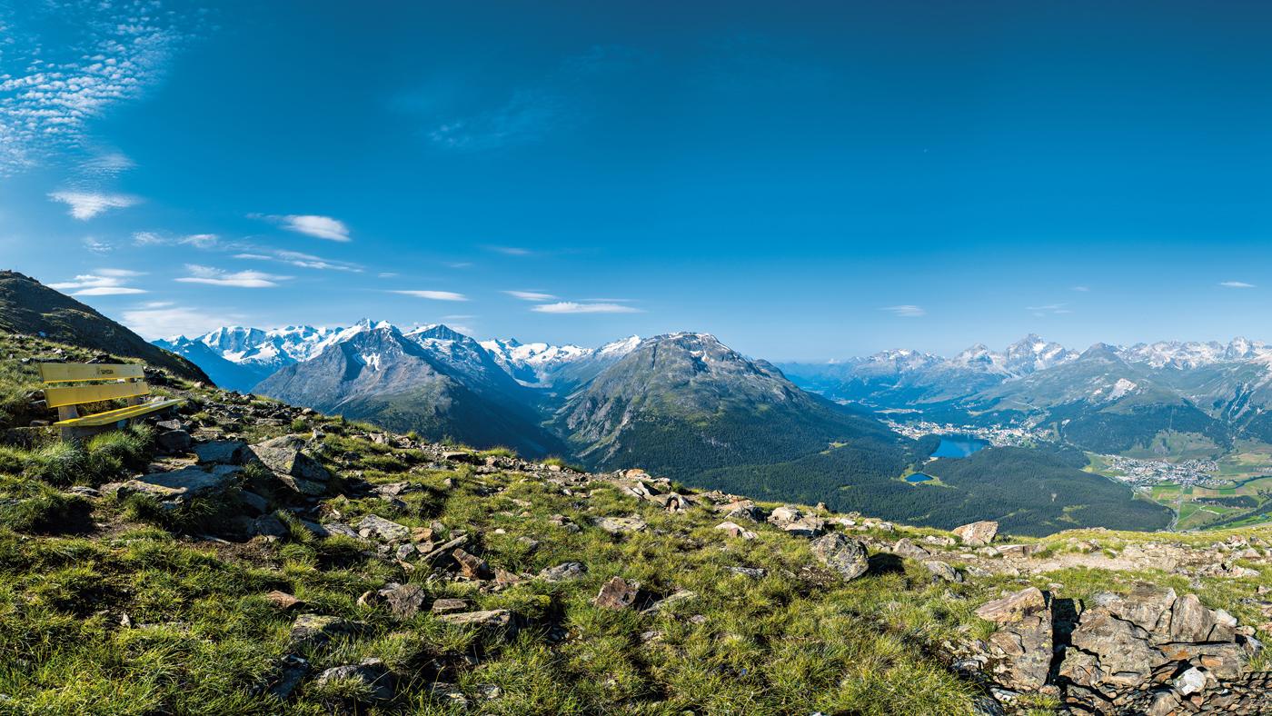 blick vom Muottas Muragl auf St. Moritz (© Swiss Image)