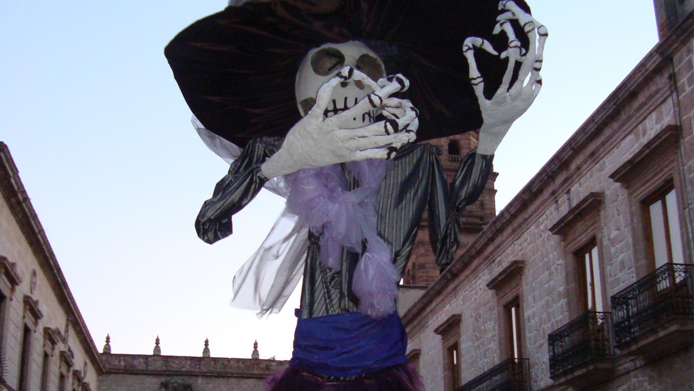 Die koloniale Kulisse Morelias verleiht dem Día de los Muertos zusätzlichen Flair.