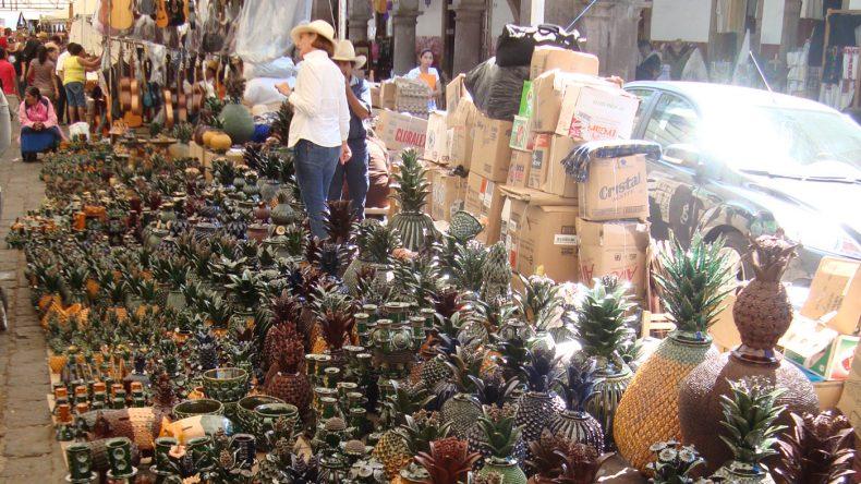 Auf dem Heimkunstmarkt in Pátzcuaro finden sich Souvenirs für jeden Geschmack.