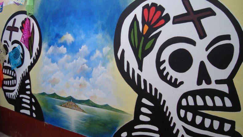 Auf der im Pátzcuaro-See liegende Insel Janitzio wird der Tag der Toten besonders traditionell gefeiert.