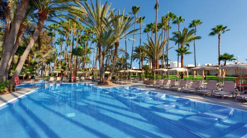 3 Pools bietet das Riu Palace Oasis