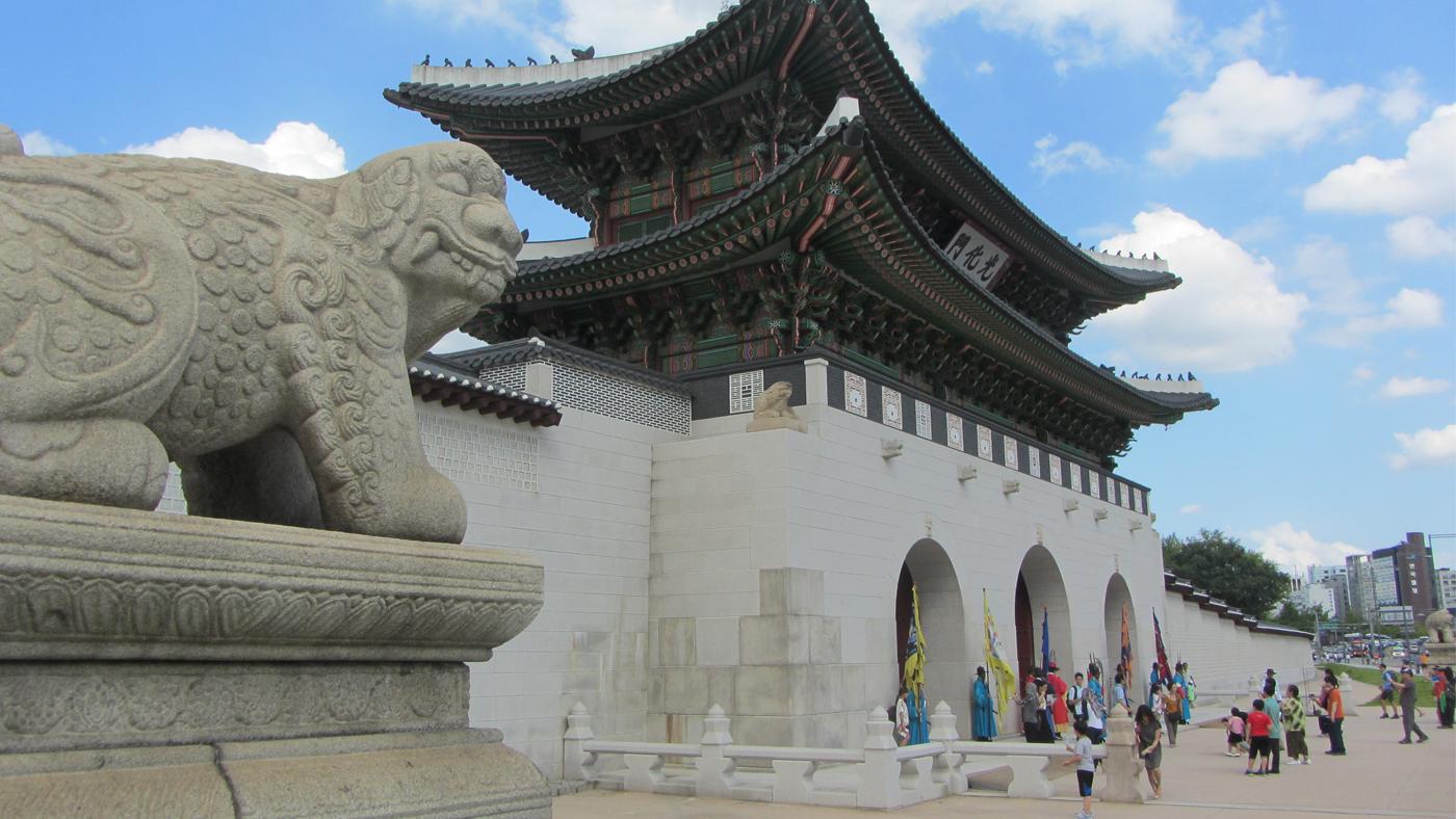 Der Gyeongbokgung ist der größte Palast und das Aushängeschild der Stadt.
