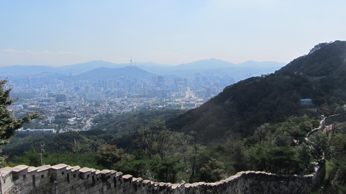 Die Stadtmauer umschließt auch heute noch den zentralen Kern der Stadt.