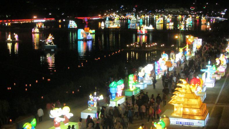 Das Lichterfest in Jinju ist eines der Bekanntesten des Landes.