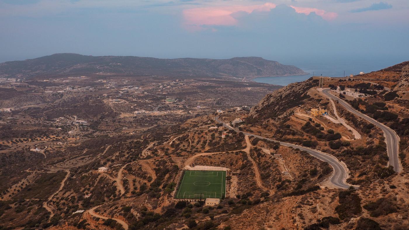 Gebirge so weit das Auge reicht: Karpathos