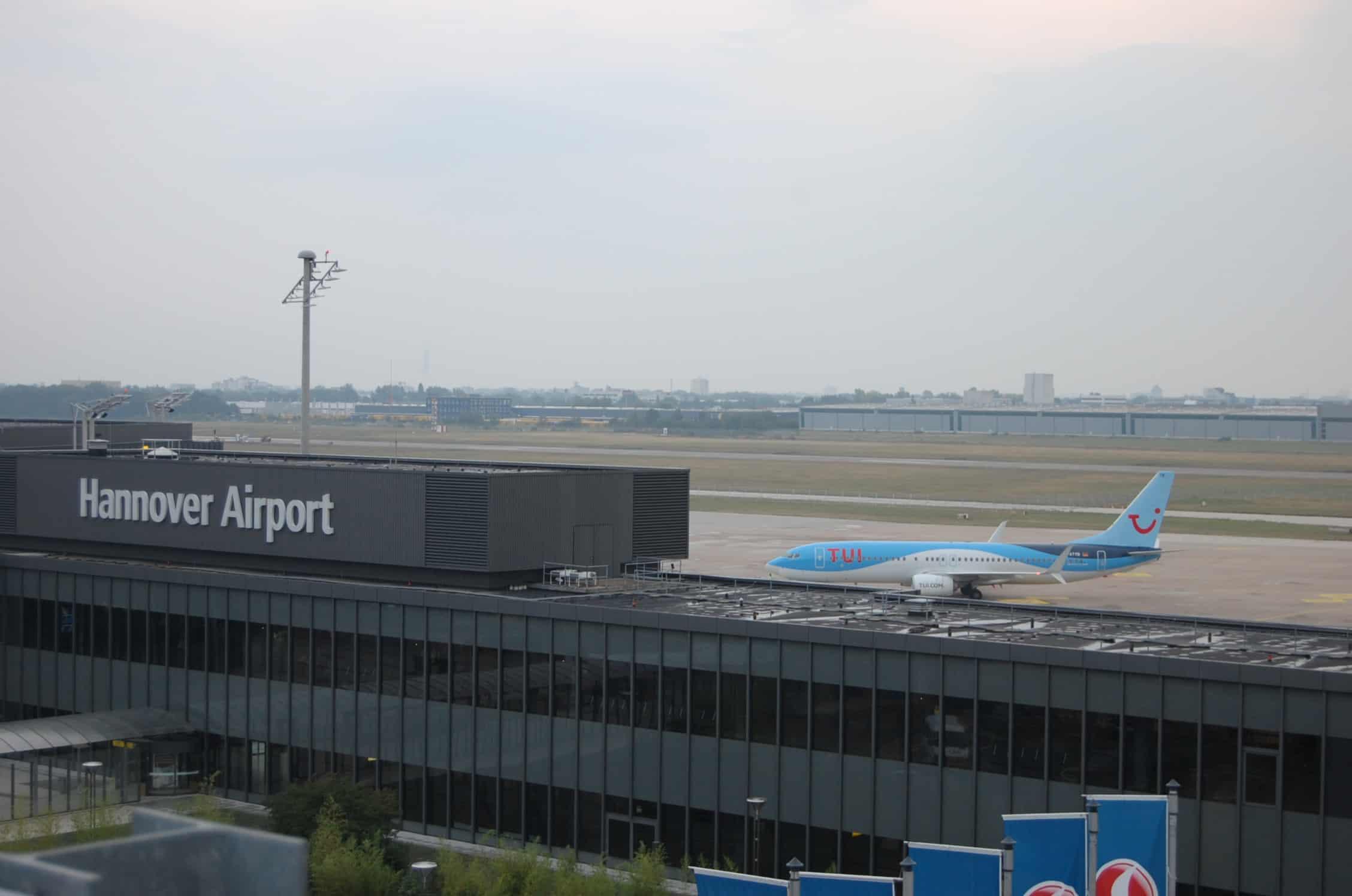 TUI fly Flugzeug am HAJ Airport