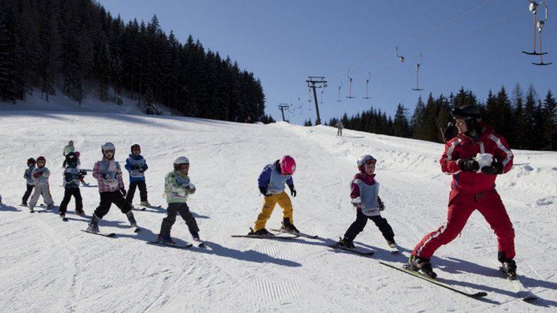 Kinder Skikurs im best Family Gut Wenghof