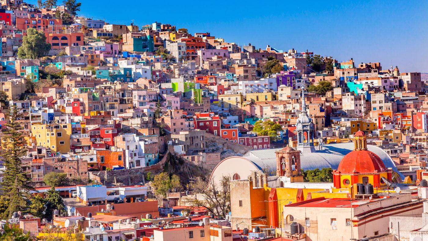 Die zauberhaft bunte Stadt Guanajuato zählt zu den TOP Mexiko Sehenswürdigkeiten (istockphoto/bpperry)