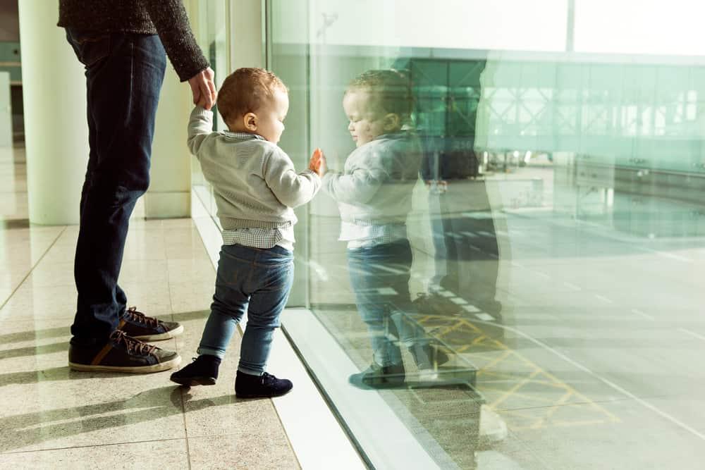 Für Kinder gibt es auf dem Flughafen viel zu erkunden
