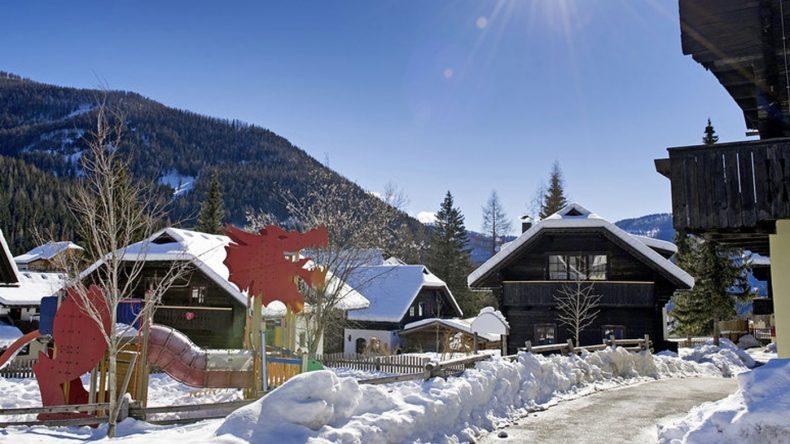Idyllische Dorflandschaft im Kinderhotel Dorf Kleinwild