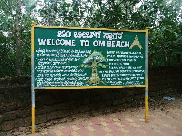 Willkommen am Om Beach!