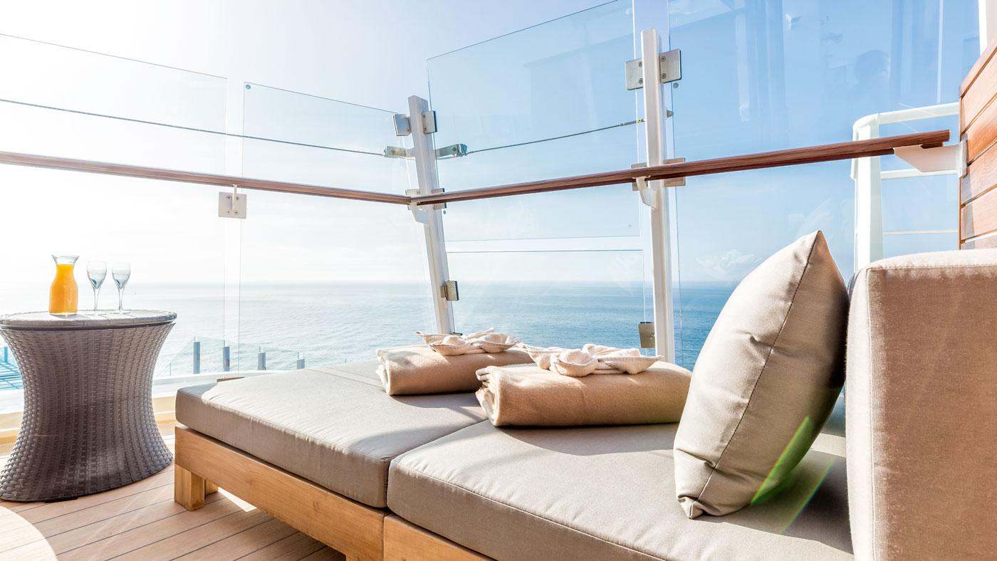 Jeder findet ein schönes, einsames Plätzchen auf dem Schiff. Hier die Entspannungsloge auf Deck 15 der Mein Schiff 4
